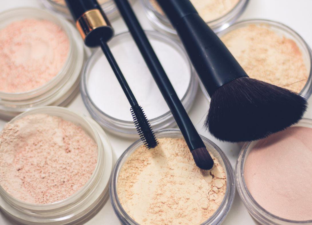 maquillage-beauté-domicile-esthéticienne-christine-nantes