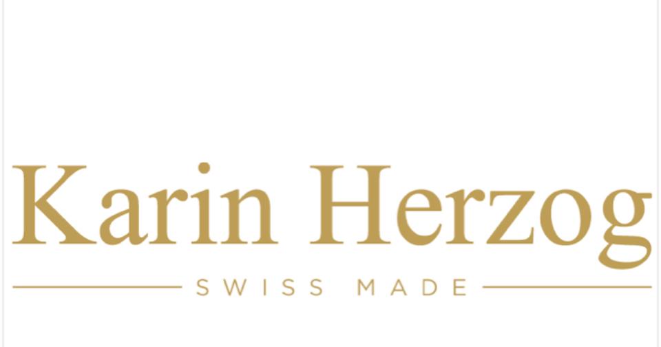 Karine Herzog Esthéticienne et maquilleuse professionnelle beauté à domicile nantes